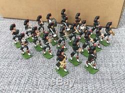 William Britains Regimental Band 1st Battalion Black Watch Band Item 41103 Set 1